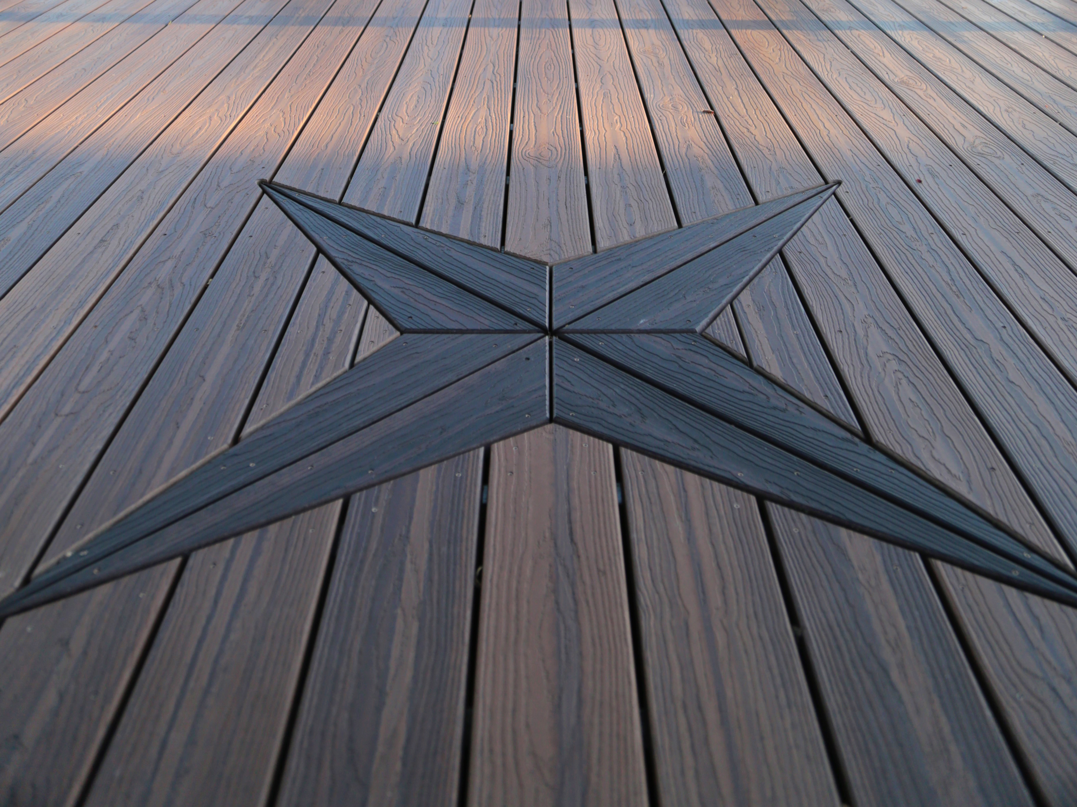 EVERGRAIN_DISTINCTION_COLLECTION_DECKING_SPICED_TEAK_004